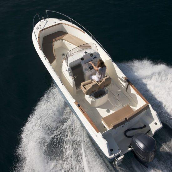 bateau_jeanneau-cap-camarat-75-cc-style_310057[1]