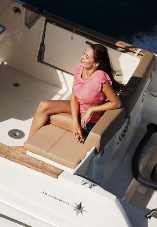 bateau_jeanneau-cap-camarat-75-cc-style_310058