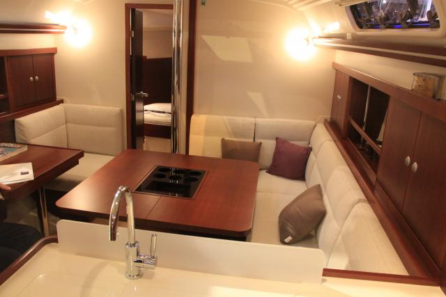 Hanse 375 Salon int