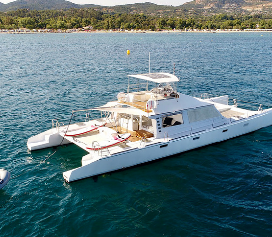 Catamaran nav