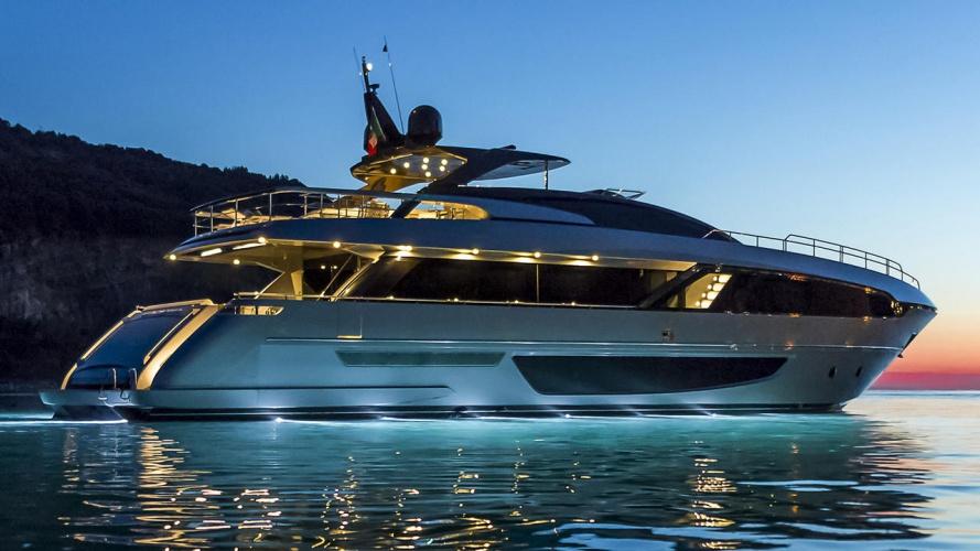 fZHMx3YToyC6rxYr2vEL_Riva-100-corsaro-yacht-delivered-1280×720