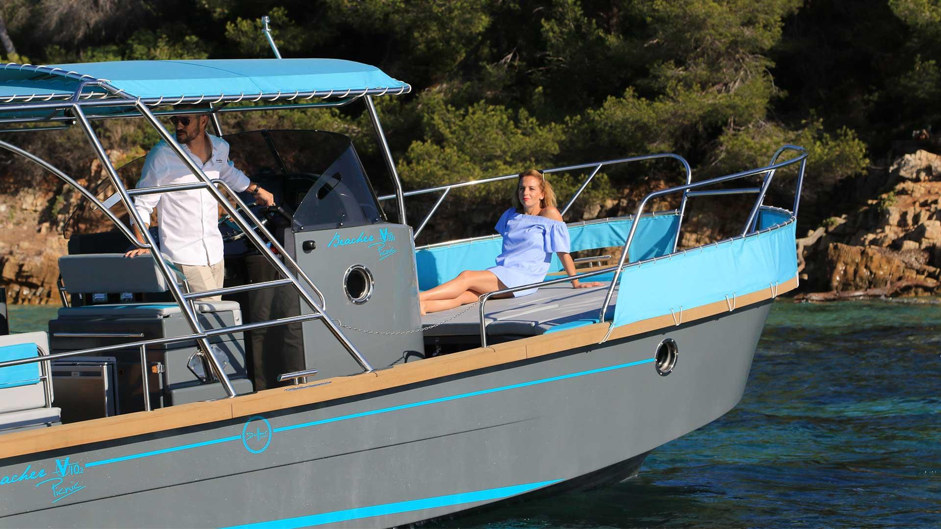 beacher-nautique-bateau-croisiere-pic-nic-bleu