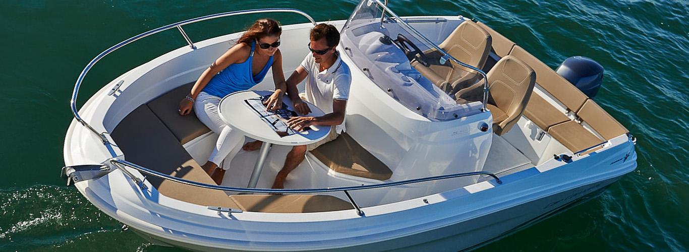 353-1-Motorboat-JEANNEAU-CapCamarat5_5CCSerie2-INSOLENCE