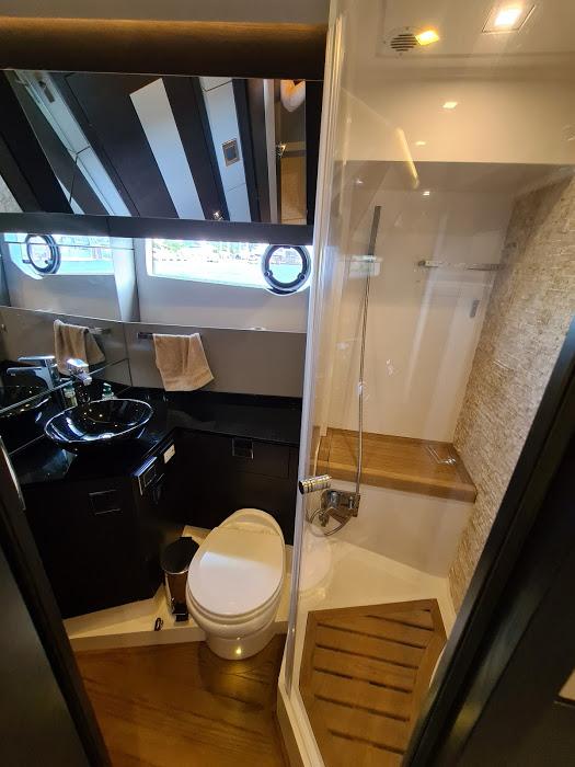 OKEAN 50 X salle de bain wc 2
